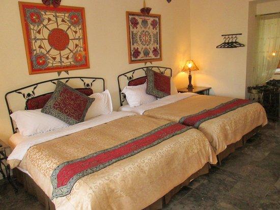 The Swan Lake Resort Hotel, Hotels in Hengchun