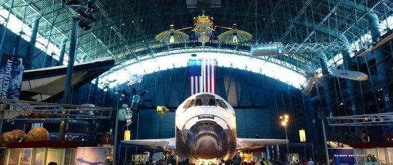 Smithsonian National Air and Space Museum Steven F. Udvar-Hazy Center: Impressive