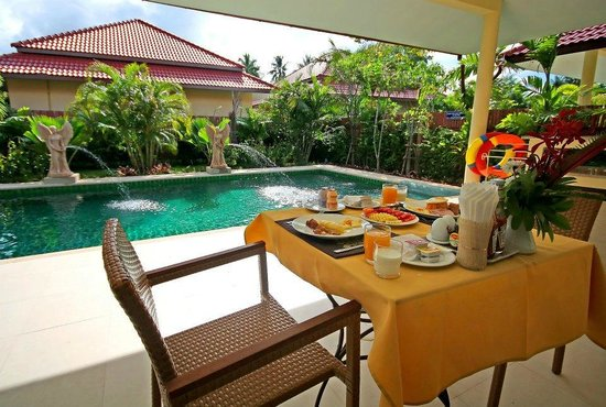 Thai Thani Pool Villa Resort: Eat by your private pool