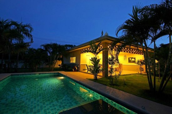 Thai Thani Pool Villa Resort: Family atmosphere