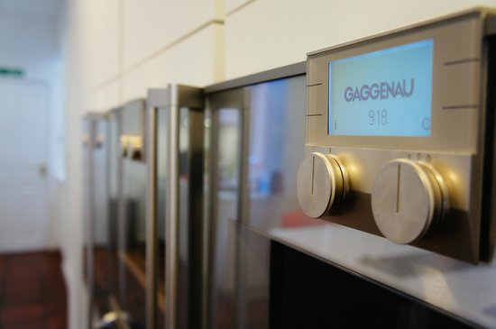 Eat Voila Cooking School: High tech equipment Gaggenau