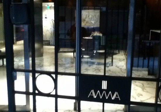 Awwa Suites & Spa: Entrada do Hotel