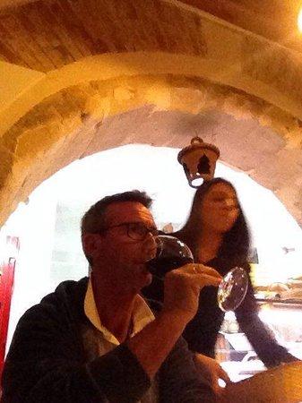 Taverna Giudecca Ortigia: Ottimo Etna rosso