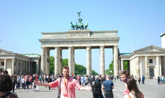 SANDEMANs NEW Europe - Berlin: Mark at the start of the tour