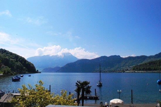 Seehotel Sternen Horw: lake