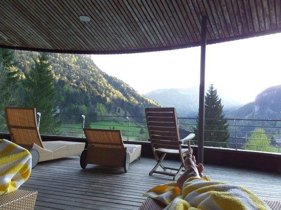Gesundhotel Bad Reuthe: 1. Stock Nacktzone Bereich - Hier offene Terrasse - 3 verschienene Ruhebereiche... sooo angenehm