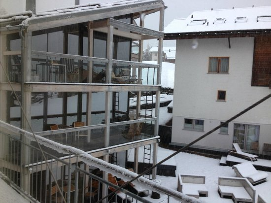 Hotel Matterhorn Focus: Aside view from the bedroom