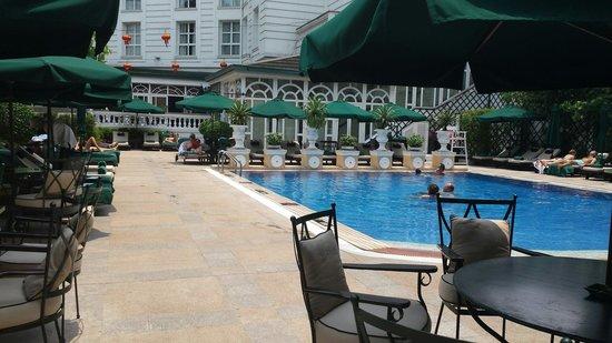 Sofitel Legend Metropole Hanoi : La piscine