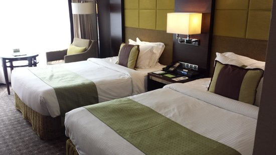 Holiday Inn Singapore Orchard City Centre: Our 2 Double Beds Premier Non-smoking Room