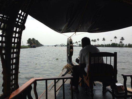 Kumarakom Lake Resort: the luxury houseboat