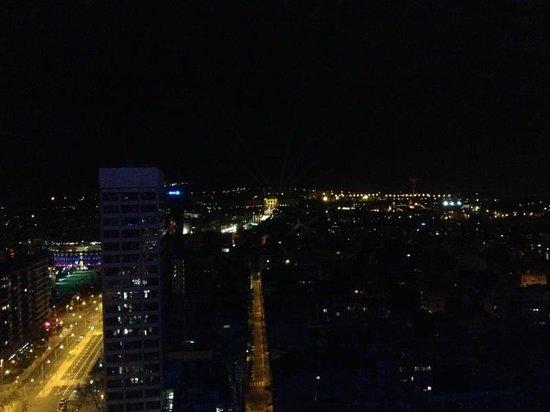 Gran Hotel Torre Catalunya : View at night
