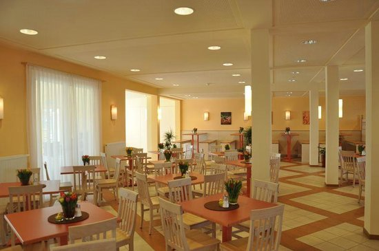 JUFA Hotel Jülich: Breakfast room & restaurant
