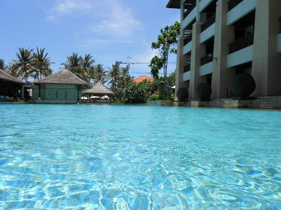 Conrad Bali: view inside lagoon next to building 2