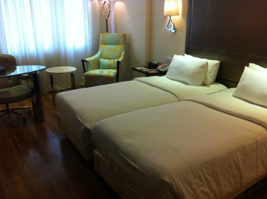 Savera Hotel: room