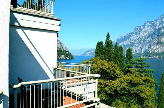 Clarion Collection Hotel Griso Lecco : View from our balcony of Lecco and the view down the lake. Dining room has a similar view