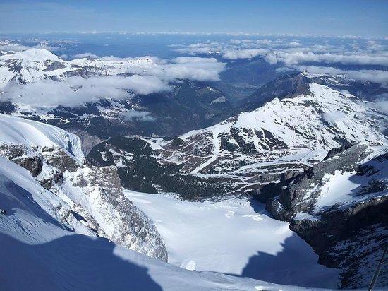Jungfraujoch : วิวจาก จุดชมวิว สพิ้ง