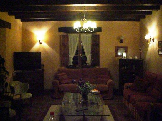 Posada San Pelayo: Ground floor lounge