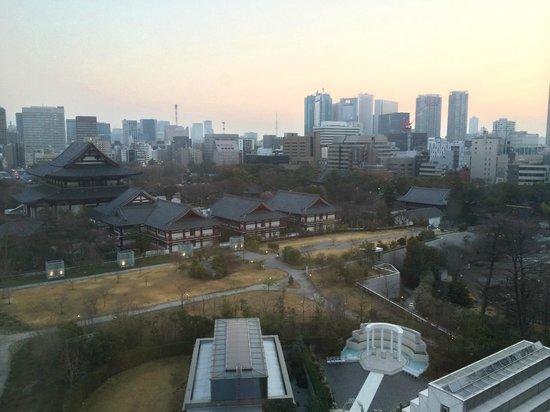 The Prince Park Tower Tokyo: Zojo-ji