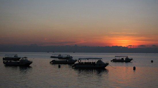 Avillion Layang Layang : Sunset