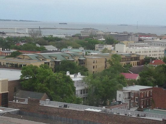 Francis Marion Hotel : View of Fort Sumter and Harbor from my room