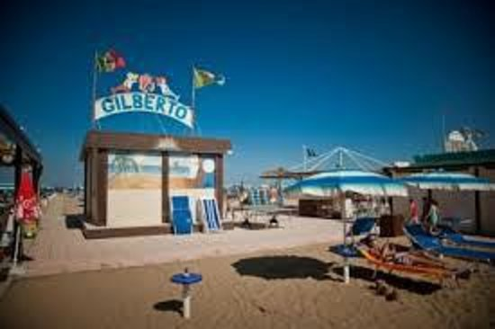 Rivazzurra, Italien: vista dalla spiaggia