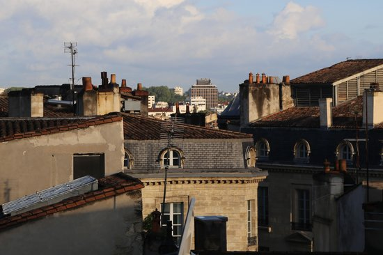 Hôtel Continental by HappyCulture : View from fourth floor