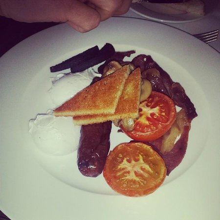 Ockenden Manor Hotel & Spa: Breakfast