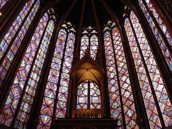 Santa Capilla: Vidrieras de la capilla superior
