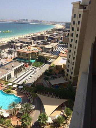 Amwaj Rotana : Room view