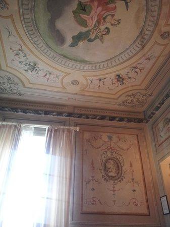 Villa Sermolli: soffitto stanza Giuditta