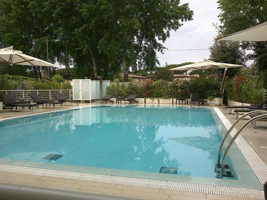 Hotel Central Park: piscina