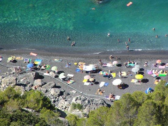 Ameglia, Italien: Spiaggia di Punta Corvo vista da Montemarcello