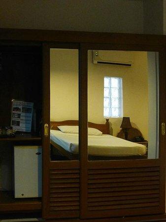 Thurizza Hotel Bagan : la chambre