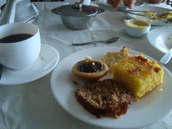 Hotel Algas Marinhas: Café da Manhã
