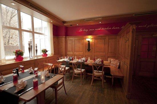 DORMERO Hotel Plauen: RED GRILL - Das Restaurant