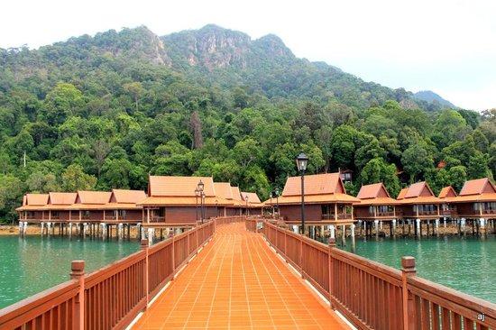 Berjaya Langkawi Resort - Malaysia: Chalets in water