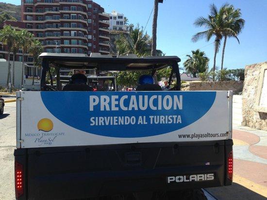 Mazatlan Tours: Beware of Tourists :-)!