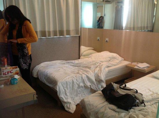 Acesite Knutsford Hotel : dalam kamar