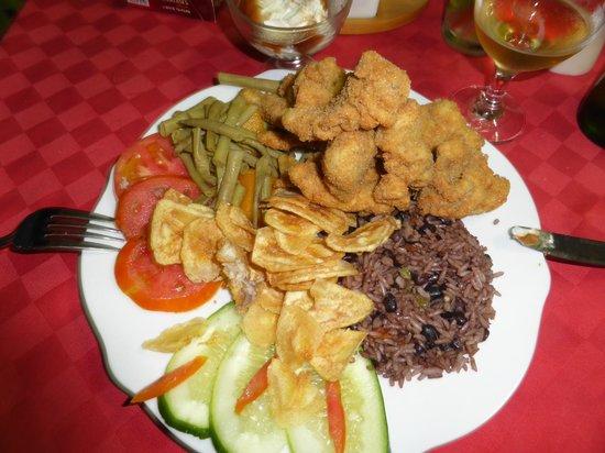 Restaurante Dona Nora: Poisson frits panné