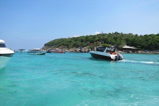 The Racha: Divers off to Racha Noi!