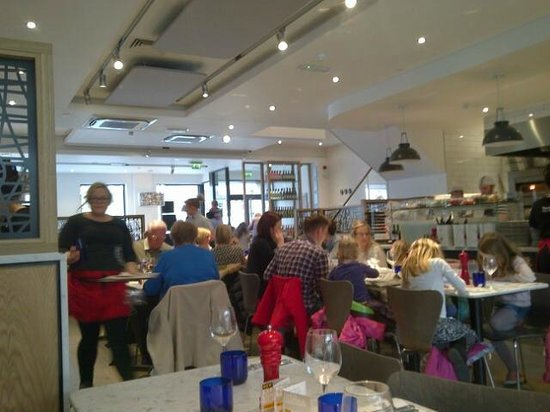 Pizza Express: Bright and airy!