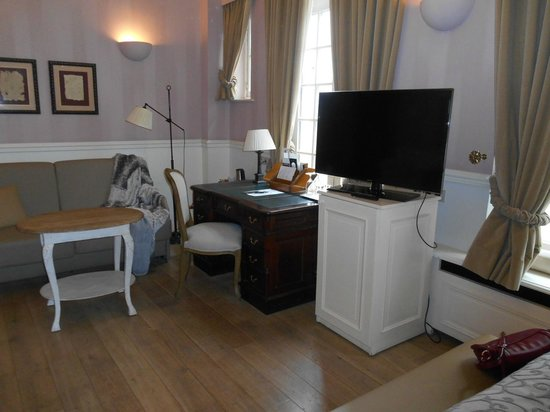 Hotel De Tuilerieen : Chambre#132