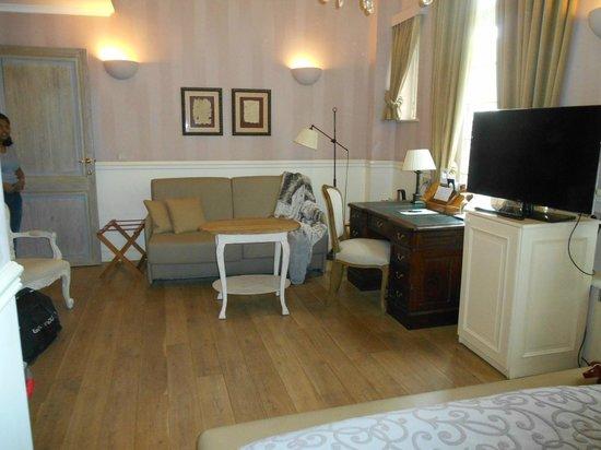 Hotel De Tuilerieen : Chambre #132