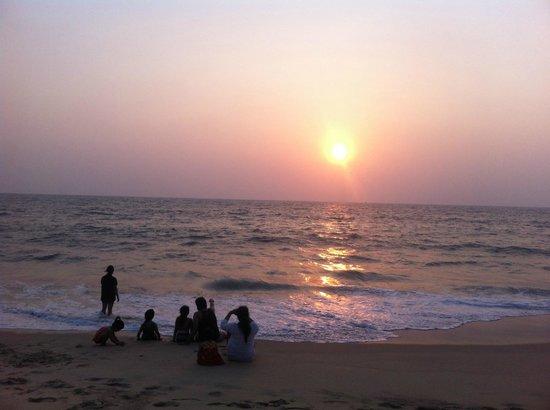 Abad Turtle Beach : spiaggia