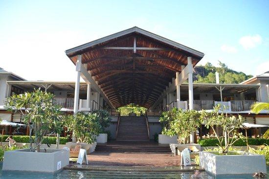 Kempinski Seychelles Resort: pool