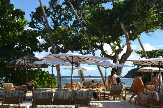 Kempinski Seychelles Resort: beach