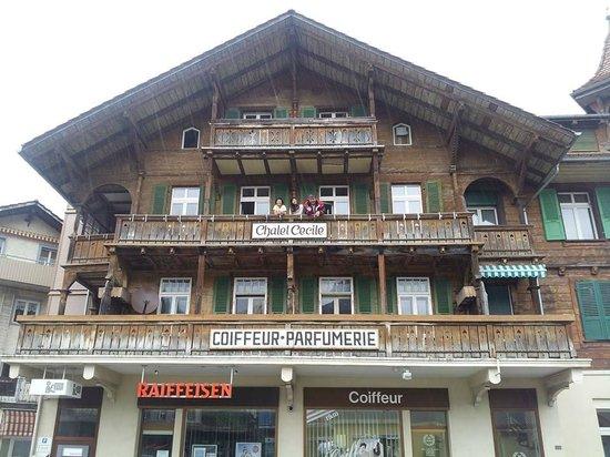 Tell Hotel-Restaurant: พักอยู่บ้านนี้ชั้น3