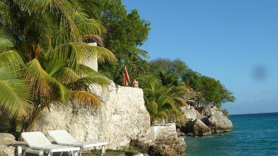 "Sun Reef Village: Blick auf den Fels""strand"""