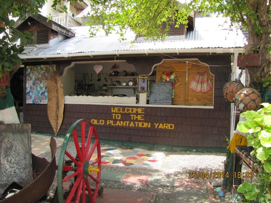 The Old Plantation Yard: The order counter
