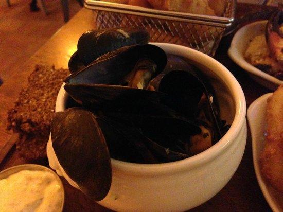 The Boatyard Restaurant: Cozze